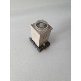 OMRON H3CR-H8L przekaźnik czasowy 24V AC, 24V DC